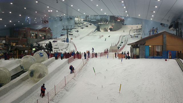 Indoor skiing is one of the coolest things to do on a holiday in Dubai